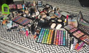 Minha coleção de Make   makeadriana.blogspot.com