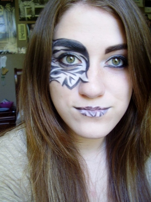 Zebra Mask Tutorial http://www.youtube.com/watch?v=QQ7dom4sMQQ