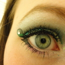 Emerald Diamond Eyes