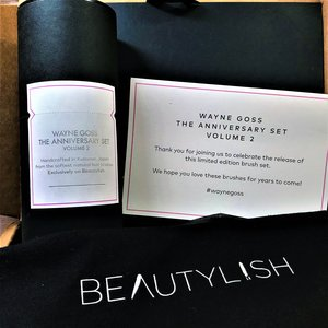 My Wayne Goss Anniversary Set Vol 2 right out of the box.  :)