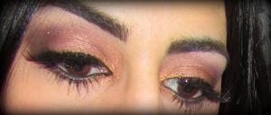http://leadingladymakeup.com/2012/02/14/sexy-sofia/