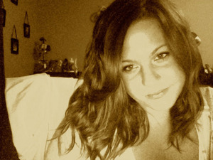 wavy hair. minimal makeup.