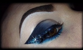 Sexy Cat Eye with Glitter Make Up Tutorial