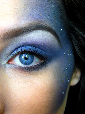 Close up picture of my galaxy inspired makeup!