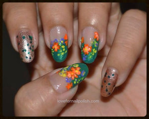For more pics and detail, visit http://lovefornailpolish.com/spring-flower-nail-designs-simple-flowers-nail-art