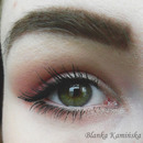 Subtle And Romantic Eye Makeup
