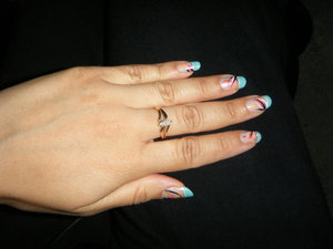 This was a fun look I did two years ago. I love this China Glaze For Audrey polish. Here I did a french tip  with it and added some colors with l.a. colors.