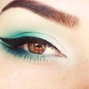 Double Winged Eyeliner and Gradient Aqua makeup tutorial