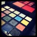 Avon GoGlam Color Palette
