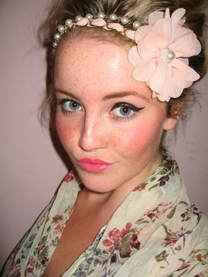 Decided to go for a girlie look here.