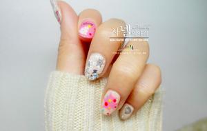 It looks warm, but it's for winter!  http://saranail.blogspot.kr/