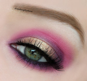 https://instagram.com/makeupbyeline/