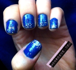 Messy blue sparkle nails.. this was one of the first designs I ever posted online, so be nice! ;) http://monrogue.com/nail-designs-blue-glitter-tipped-nails/