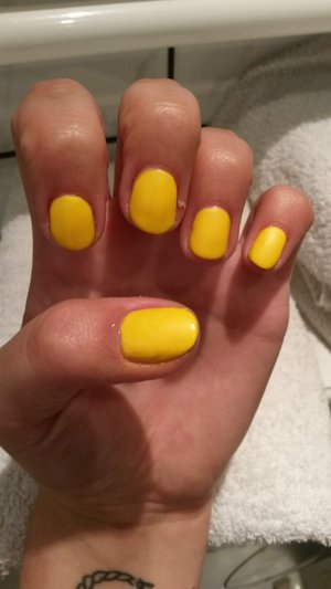 matt yellow nails