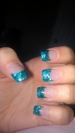 blue powder nails,