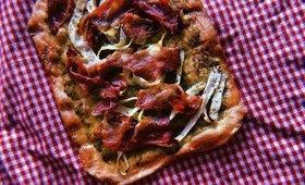 RECETTE : pizza aux courgettes, pesto et jambon cru 🍕