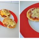 DIY Mini Pizzas! (Recipe in description box of this photo)