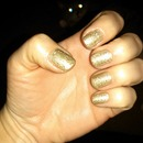 Neutral, simple, short & sparkly! photobombed by my kitty.