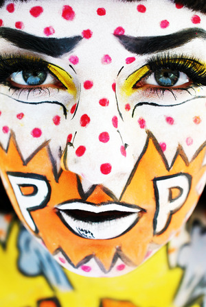A pop art look inspired by Roy Lichtenstein and Andy Warhol xo