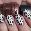 White and bronze leopard nails