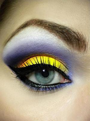 http://missbeautyaddict.blogspot.com/2012/03/inspired-make-up-summer-sunset.html