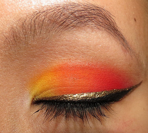 A look using Sugarpill's Burning Heart Palette and Goldilux Loose Eyeshadow to line. http://portraitofmai.blogspot.com/2012/06/over-burning-desert-eotd.html