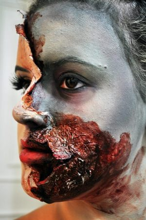 A different angle of my Zombie Girl look.