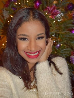 Glam up your look with bright red lips and sparkling eyes.  More photos on my blog: http://www.havtastic.com/2014/12/fotd-holiday-glam.html?m=1