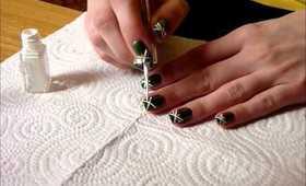 Green & Gold Nail Design