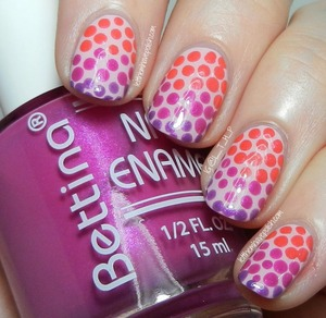 For more details: http://www.letthemhavepolish.com/2014/02/nailartfeb-californails-challenge-day_4.html