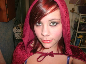 Michelle Phans Red Riding Hood Tutorial :) Hers is more amazing though XD
