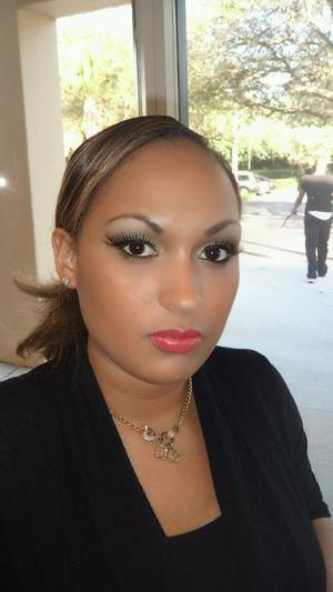 Model : Tierra MUA: Myself