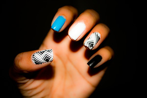 Check out my video as to how I got these nails!  http://www.youtube.com/watch?v=-5uasFmBW0I&list=UUOFLX4Tm9IwUodm8DhrYprA&index=1&feature=plcp
