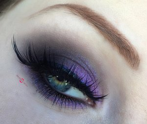 Royal purple for those dark eyed babes out there! http://theyeballqueen.blogspot.com/2016/12/holiday-series-royal-purple-smokey-eye.html