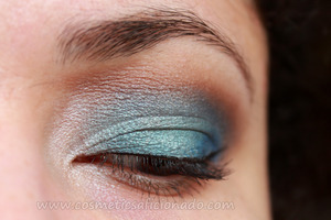 http://www.cosmeticsaficionado.com/2012/01/review-real-colors-smolder-eyes-baked.html