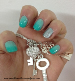 Blue marine lovely ombre nails