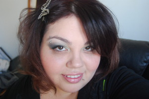 540 Inspired palette & Diamond Lust by Revlon. Just me and an everyday look :)