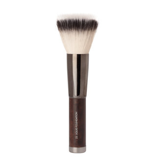 Brush 23: Liquid Foundation