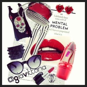 Shoes by Betseyville, Handbag Christian Louboutin, Bracelet Valentino, MAC lipstick