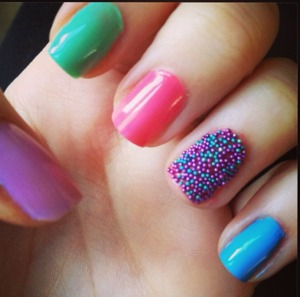 Pastel Bead Nails.