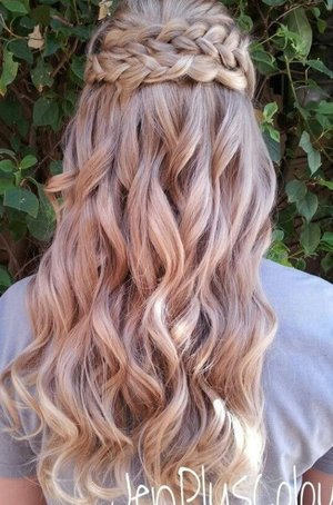Hairstyles for Quinceanera?(: | Beautylish