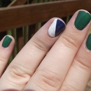 Vancouver Canucks themed nails