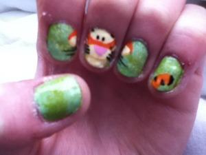 Tigger nails!