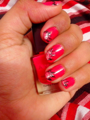 funky fushia base with silver and black nail art design.....