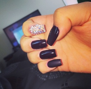 Matte and Crystals @dazzlingdreamnails