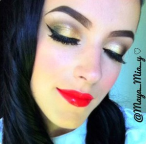 @Maya_mia_y on instagram
