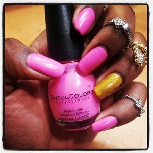 Bright & Bold Nails