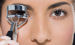 Eyelash Curlers: Pro Tips On Shopping For The Perfect Tool