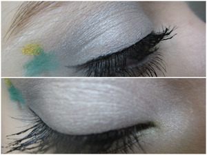 Inspired by the weather outside and the song O Christmas Tree, I did this look. It is a soft grey smokey eye and a little Christmas tree.
