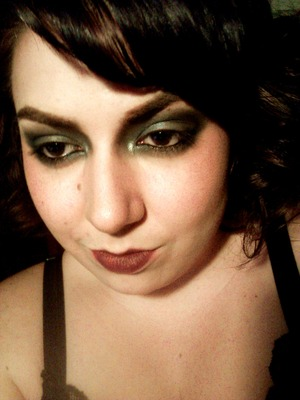 After going out and seeing Gatsby, and then watching Mad Men, I'm in the mood for some period makeup. Inspired by the seedy nightclubs and brothels of the 20s.